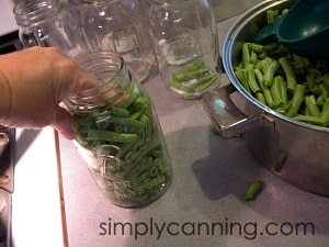 canning green beans fill jar
